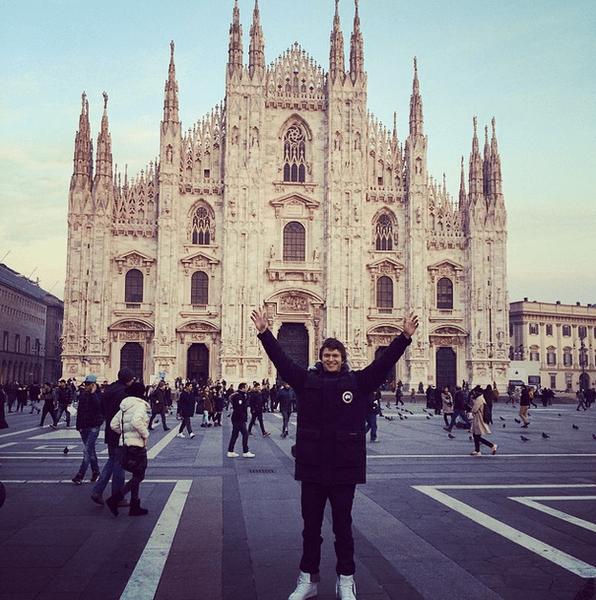 Фото №2 - Звездный Instagram: Знаменитости путешествуют