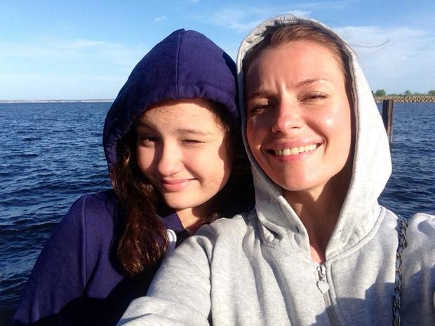 Любовь Толкалина с дочкой Машей