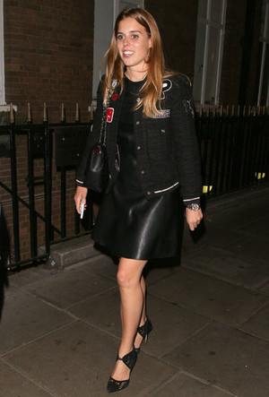 Фото №16 - Бунтарки: как королевские особы носят кожаные вещи