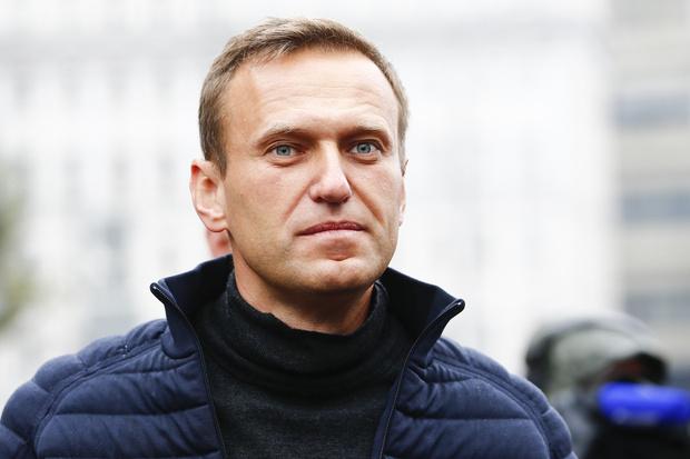 Фото №1 - Немецкие СМИ сообщили о следах отравляющего вещества в крови и на коже Навального
