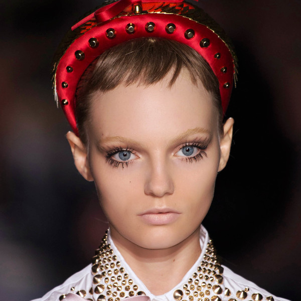 Фото №1 - Бьюти-тренд: кукольные ресницы в стиле Твигги