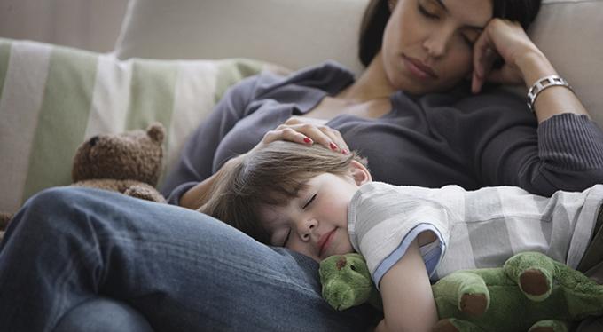 Уставшей одинокой матери: вот что видит ваш ребенок