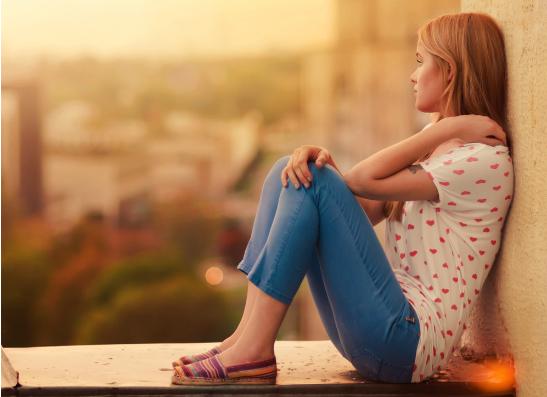 Фото №1 - Вопрос дня: как поднять настроение после расставания с парнем