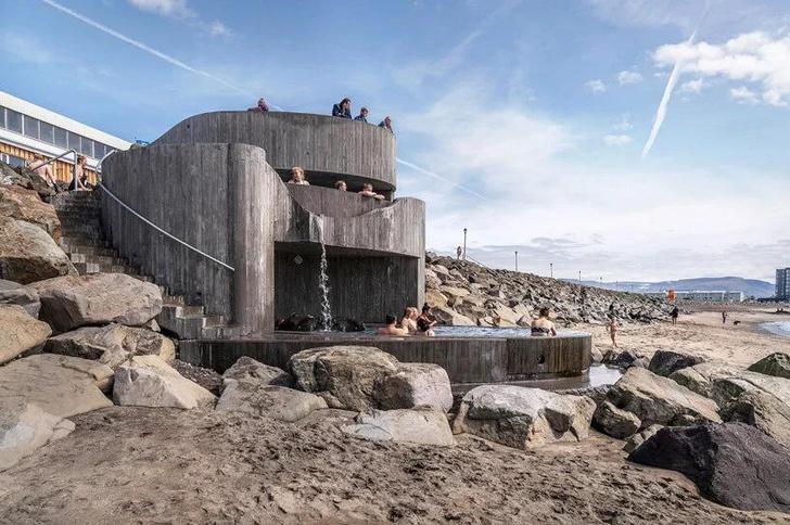 Фото №3 - Купальня Guðlaug baths в Исландии