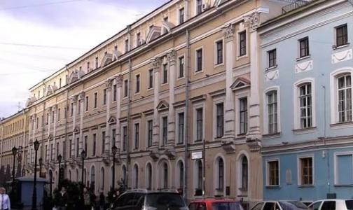 Фото №1 - Комздрав Петербурга готовится к смене власти в городских клиниках