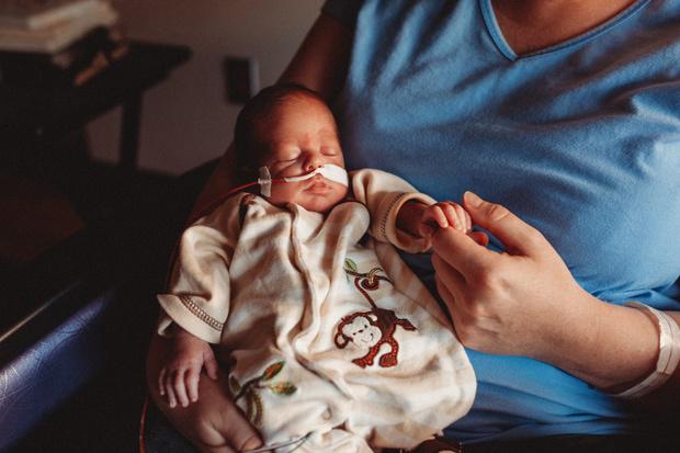 Фото №2 - «Врач сказал, у дочки простуда, а она умирала от менингита»