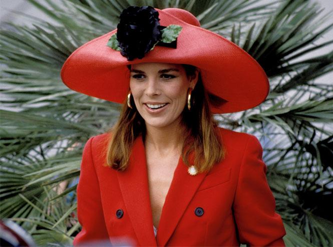 Фото №7 - Стиль принцессы Каролины: модные правила старшей дочери Грейс Келли