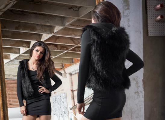 Фото №1 - Селена Гомес представила зимнюю коллекцию для adidas NEO Label