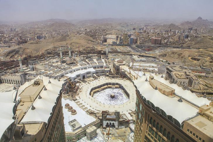 Фото №2 - Кто больше: самые большие здания в мире. Но не в высоту