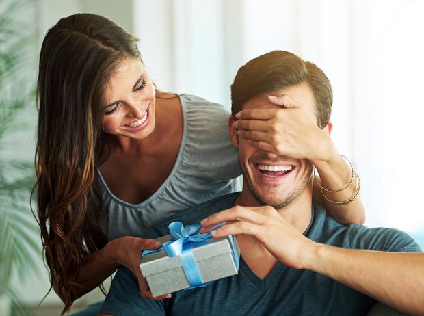 Фото №1 - Last minute gift: что подарить мужчине (не только к 23 февраля)