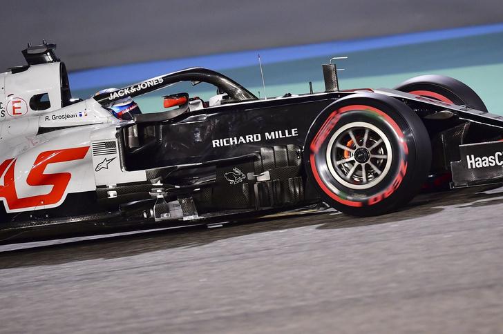Фото №2 - В огне не горит: французский гонщик F1 выжил в страшной аварии