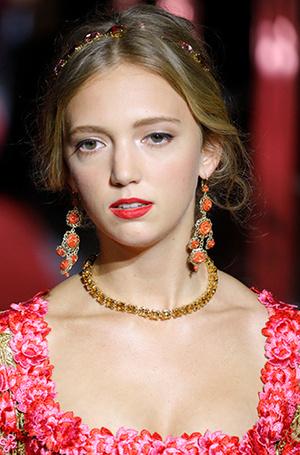 Фото №13 - Аристократки на секретном показе Dolce & Gabbana в Милане
