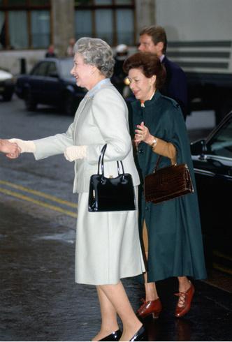 Фото №5 - Мечта Маргарет: какой привилегии Королевы завидовала ее младшая сестра
