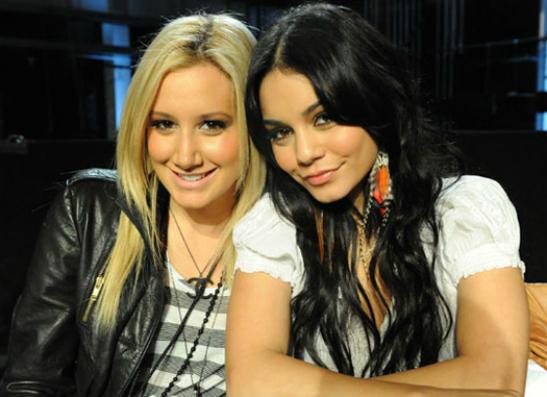 Фото №1 - Лучшие друзья: с кем дружат звезды?