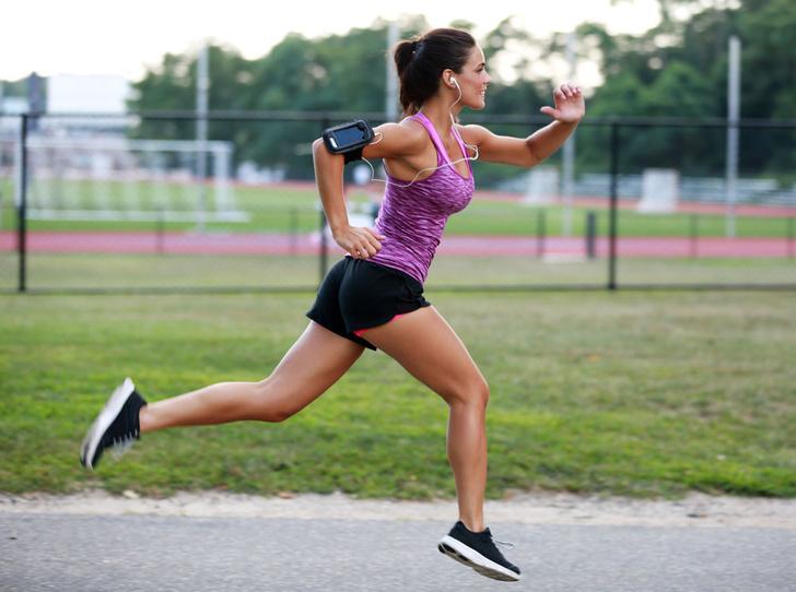 Фото №1 - Припекло: как правильно заниматься спортом летом