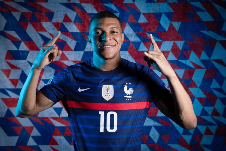 Фото №2 - Евро-2020: кто победит и другие прогнозы, который готовит чемпионат Европы по футболу