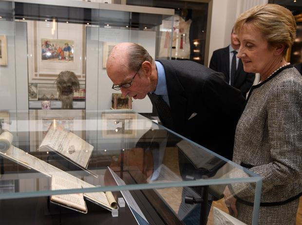 Фото №10 - Виндзоры и масоны: как британская королевская семья связана с братством вольных каменщиков