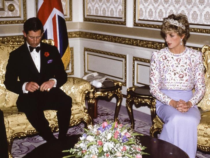 Фото №3 - Плачущая Диана и беспомощный Чарльз: как Уэльские «опозорили» Британию в туре по Южной Корее