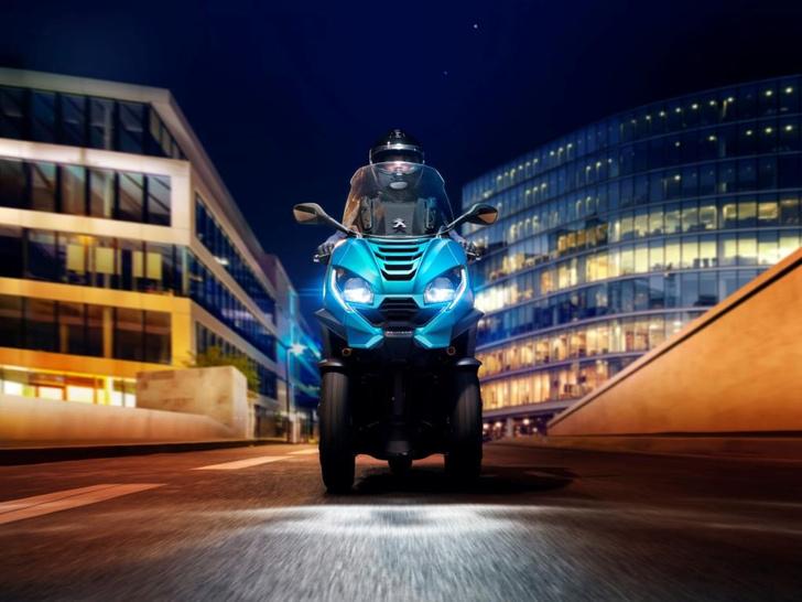Фото №1 - Peugeot Motocycles в России: скутеры класса премиум и большие планы