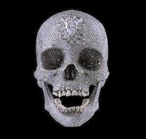 Фото №1 - Платиновый череп за $100 млн