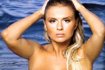 Выбор Анны Семенович пал на Мальдивы, где она жила в гостиничном бунгало.