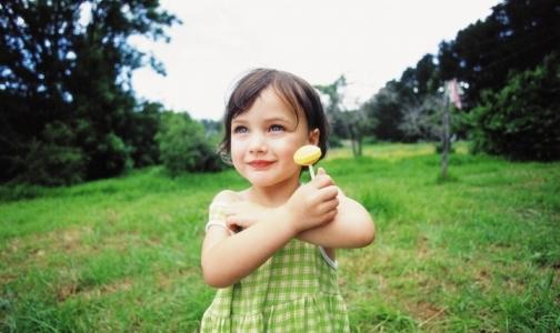 Фото №1 - Как уберечь ребенка от перегрева в жару