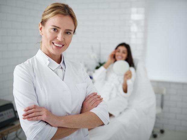 Фото №4 - 5 уловок косметологов, из-за которых вы переплачиваете
