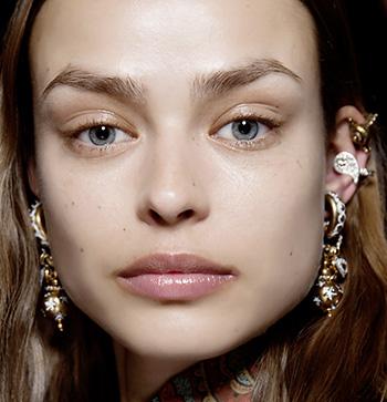 Фото №4 - 5 главных тенденций осеннего макияжа