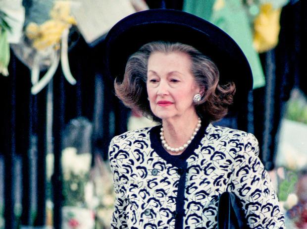 Фото №2 - Мачеха принцессы Дианы: какой на самом деле была Рейн Спенсер