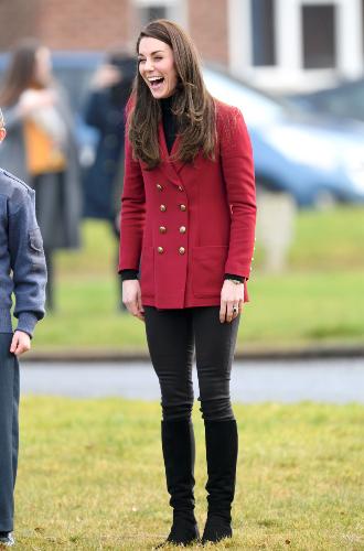 Фото №19 - Принцесса масс-маркета: как герцогиня Кейт носит одежду бюджетных брендов