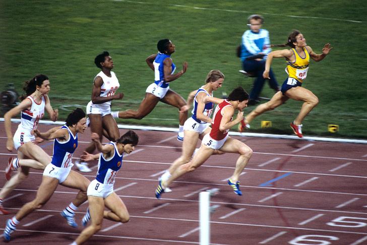 Фото №1 - Финский сервелат, зачистка дач и мультик про Бабу-ягу: 10 фактов об Олимпиаде-1980