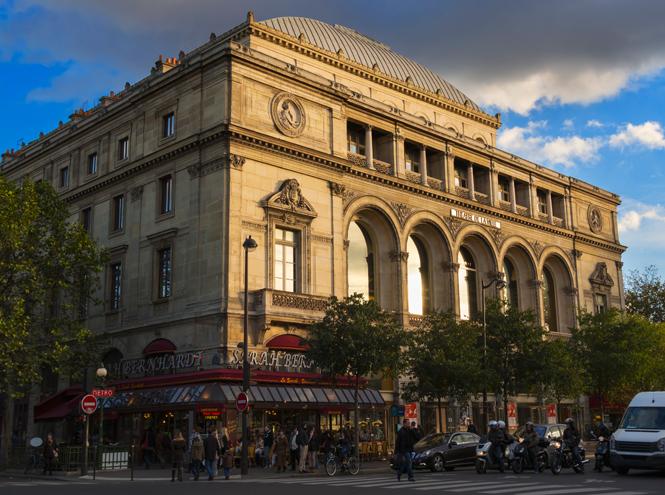 Фото №10 - Летим в театр: 10 лучших театральных подмостков Парижа