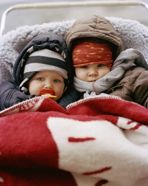 Фото №1 - Сколько можно и нужно гулять зимой с младенцем