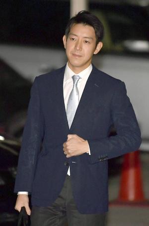 Фото №2 - Еще одна японская принцесса покинет императорский дом ради любви