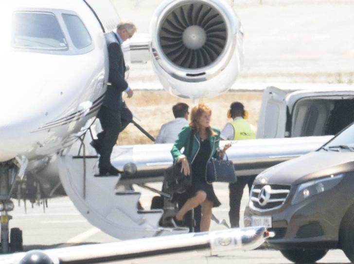 Фото №3 - Принц Эндрю и Сара Фергюсон вместе проводят отпуск в Испании