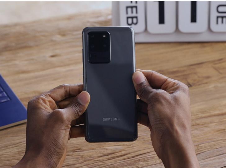Фото №2 - Что нужно знать о флагманском смартфоне Samsung Galaxy S20
