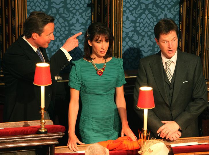 Фото №9 - Свадебный королевский этикет: что можно и чего нельзя делать на бракосочетании Гарри и Меган