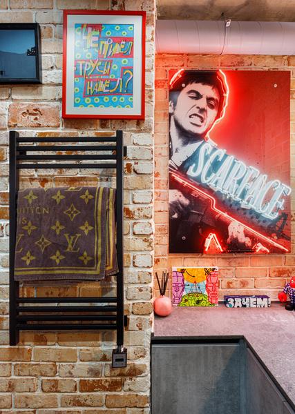 Фото №5 - Яркий лофт для коллекционеров искусства в Москве
