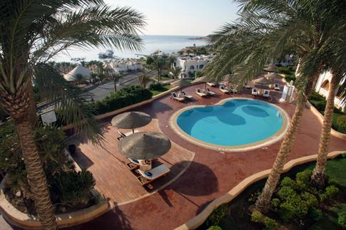 Фото №1 - Отель Domina Coral Bay отпраздновал свое 20-летие