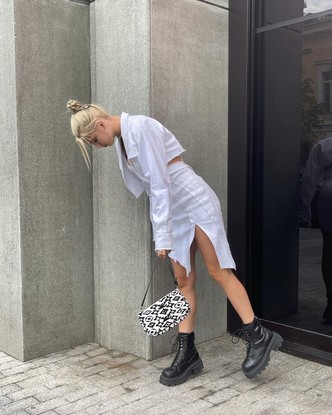 Фото №3 - С чем носить грубые ботинки: учимся у Юли Гаврилиной