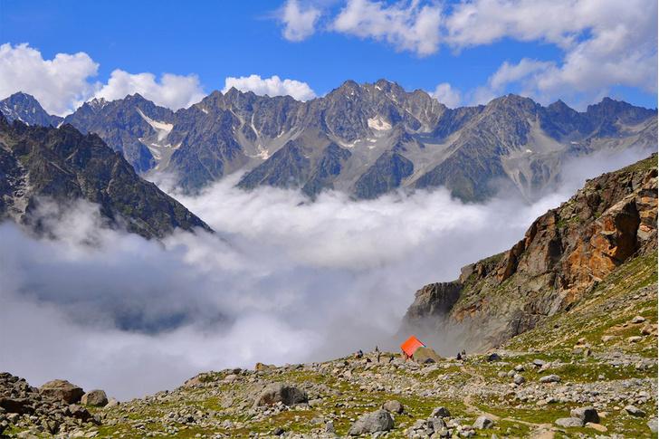 Фото №4 - Суровое очарование Безенги: прогулка по одной из старейших альпбаз Кавказа