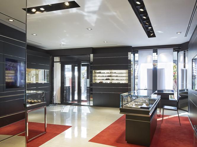 Фото №3 - Открылся новый бутик TAG Heuer