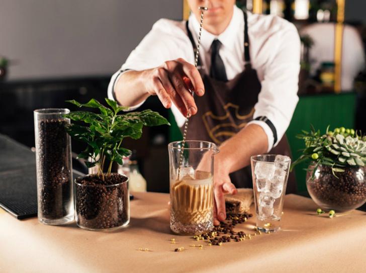 Фото №3 - 5 нескучных кофейных напитков для длинной рабочей недели