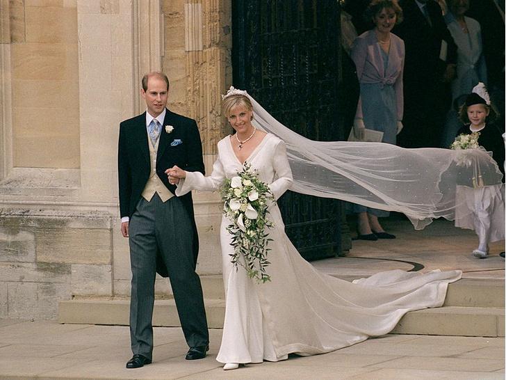 Фото №5 - Брачный возраст: во сколько лет Виндзоры женились и выходили замуж
