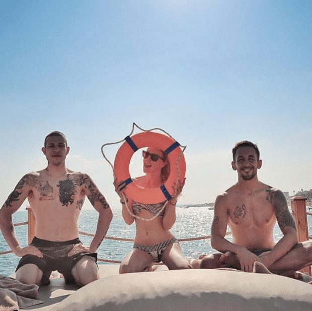Фото №29 - Звездный Instagram: Знаменитости на море