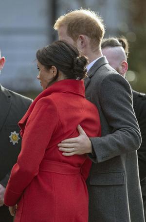 Фото №4 - Почему принц Гарри будет «альфа-отцом»: наблюдения эксперта по языку тела