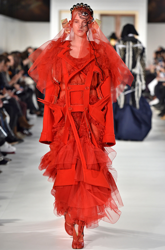 Фото №28 - 7 ключевых женских образов Недели haute couture SS17