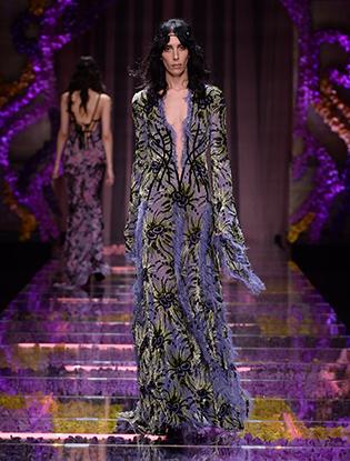 Фото №15 - Неделя Высокой Моды в Париже: Atelier Versace FW2015/16