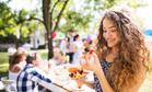 Фингер-фуд: 3 необычные закуски, которые удивят гостей