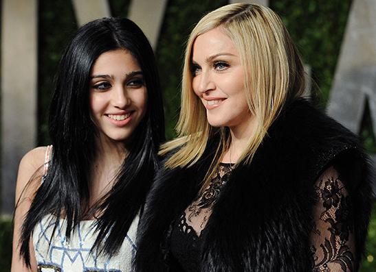Фото №1 - 17-летняя дочь Мадонны увела у нее бойфренда